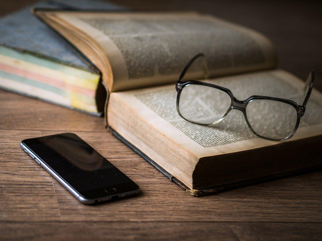 Jak wybrać dobre i tanie okulary sportowe? Praktyczny poradnik